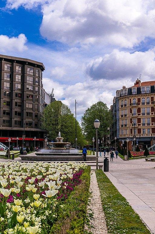 Plaza Moyua de Bilbao, zona Abando